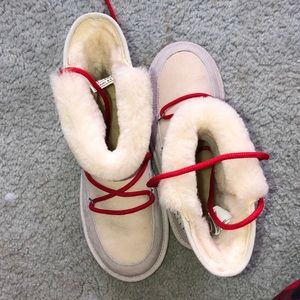 UGG Shoes - Cream Ugh boots with red laces